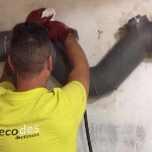 ¿Sufres de obstrucciones en tus tuberías en Barcelona?